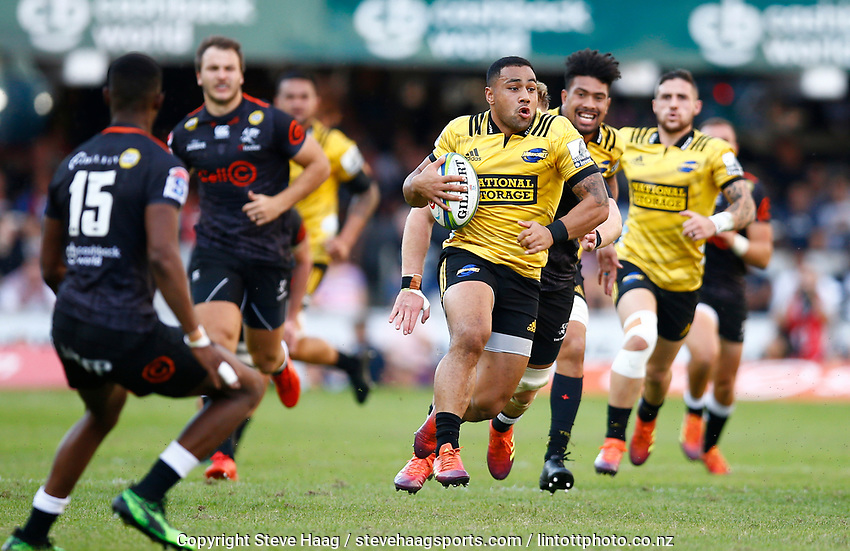 Ngani Laumape of the Hurricanes during the Super Rugby match between Cell C Sharks and Hurricanes at Jonsson Kings Park Stadium in Durban, South Africa on Saturday, 1 June 2019. Photo by Steve Haag / stevehaagsports.com