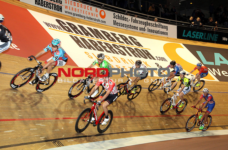 24.01.2014, Velodrom, Berlin, GER, Berliner 6-Tagerennen, , im Bild volle Bahn<br /> <br />               <br /> Foto &copy; nordphoto /  Schulz