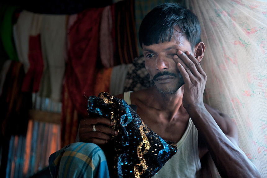 Mohammed Nur-Islam, father of Felani mourns for his daughter who was killed in the border by the BSF.