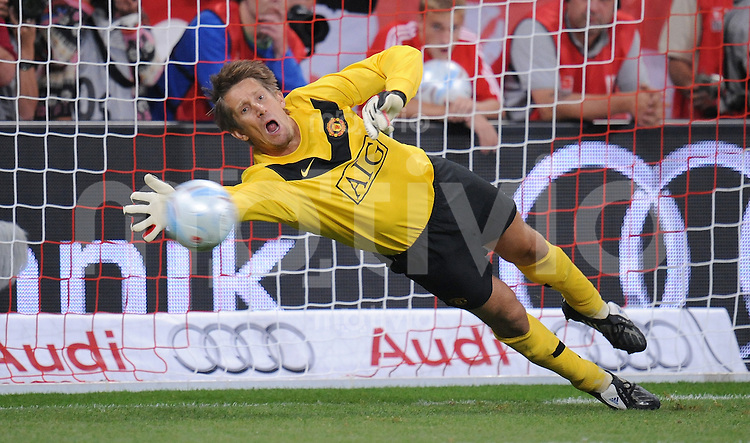 Fussball  International   Audi Cup 2009   30.07.2009 Manchester United  - FC Bayern Muenchen   Edwin van der Sar  (Manu)