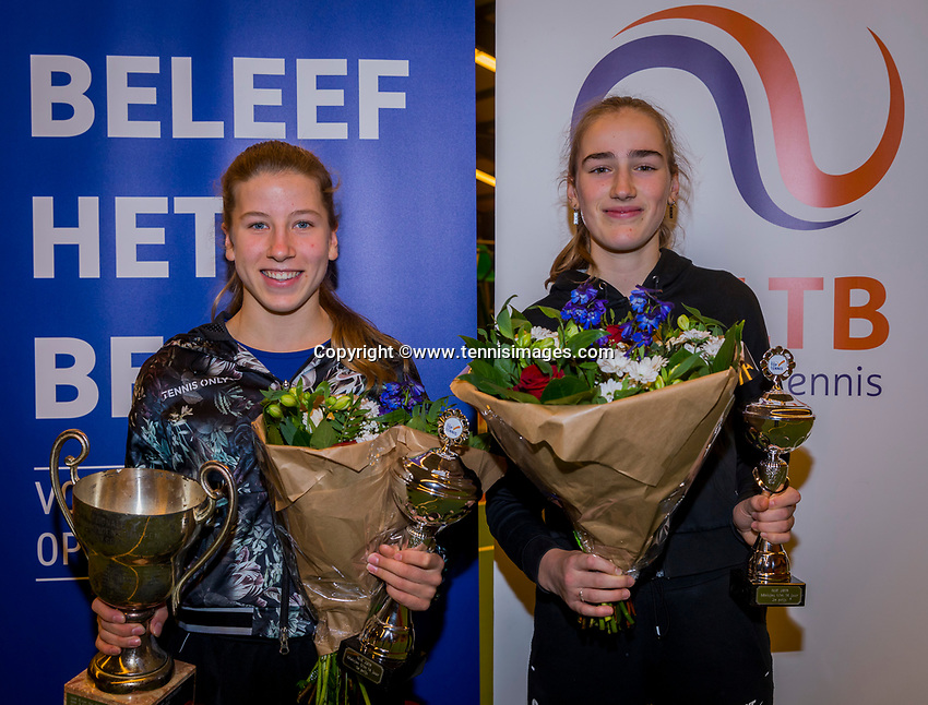 Wateringen, The Netherlands, December 8,  2019, De Rhijenhof , NOJK juniors 14 and18 years, Finals 14 years: Winner girls 14 years Isis van den Broek (NED) (L) and runner up Annelin Bakker (NED)<br /> Photo: www.tennisimages.com/Henk Koster
