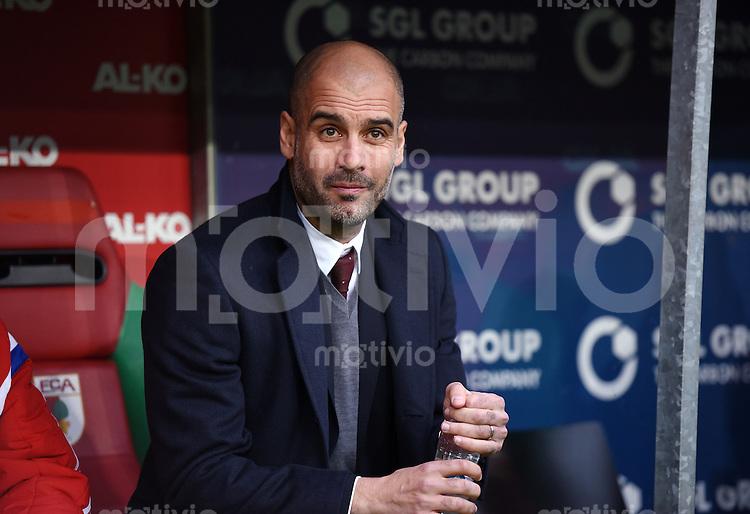 Fussball  1. Bundesliga  Saison 2014/2015  15. Spieltag  FC Augsburg - FC Bayern Muenchen     13.12.2014 Trainer Pep Guardiola (FC Bayern Muenchen)