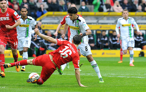 20.02.2016. Borussia Park, Mönchengladbach, North Rhine-Westphalia, Germany. Bundesliga football, Borussia Moenchengladbach verus Cologne.  Mahmoud Dahoud (Gladbach) gets away from Pawel Olkowski (Col) to score for 1-0