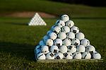 DEN DOLDER - Piramide ballen, . Golfsocieteit De Lage Vuursche. COPYRIGHT KOEN SUYK