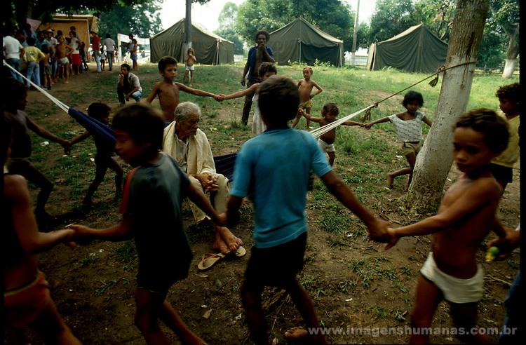 trabalhadores rurais despejados acampam em org