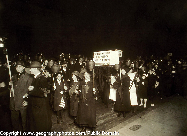 Nighttime suffrage parade in New York, ca. 1910-1915. Photographer: Jessie Tarbox Beals