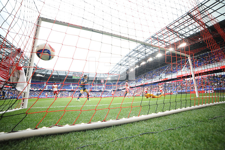 HARRISON, NJ - Sunday April 26, 2015: Bradford Jamieson puts a ball in the back of the net to take the Galaxy up 1-0.  The New York Red Bulls tie the Los Angeles Galaxy 1-1 at home at Red Bull Arena in regular season MLS play.