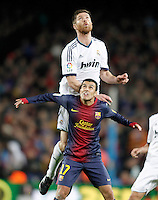 FC Barcelona's Pedro Rodriguez (d) and Real Madrid's Xabi Alonso during Copa del Rey - King's Cup semifinal second match.February 26,2013. (ALTERPHOTOS/Acero) /Nortephoto