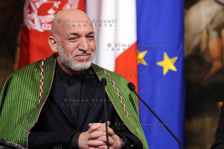 Roma, 26 Gennaio 2012.Il Presidente del Consiglio, Mario Monti incontra, a Palazzo Chigi, il Presidente della Repubblica islamica d'Afghanistan, Hamid Karzai.