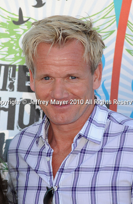 UNIVERSAL CITY, CA. - August 08: Gordon Ramsey arrives at the 2010 Teen Choice Awards at Gibson Amphitheatre on August 8, 2010 in Universal City, California.