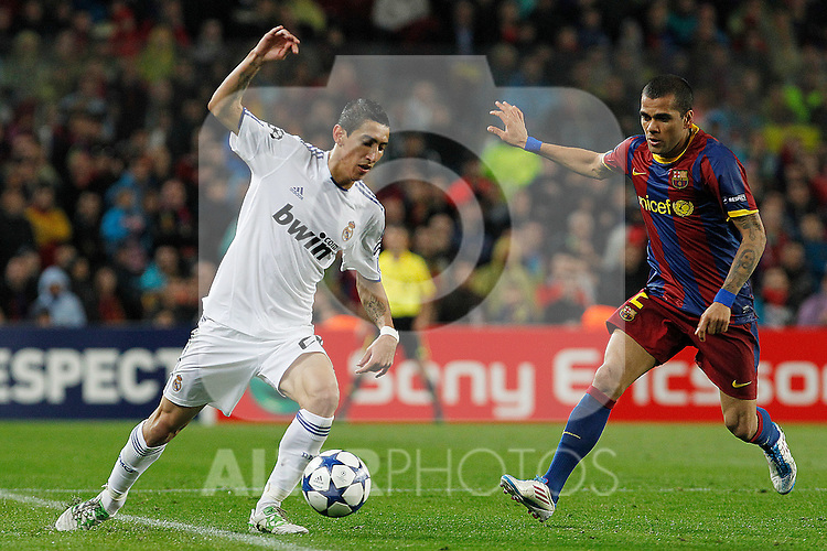FC Barcelona's Daniel Alves (r) and Real Madrid's Angel Di Maria during UEFA Champions League match.May 3,2011.(ALTERPHOTOS/Acero)