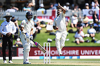 21st November 2019; Mt Maunganui, New Zealand;  Colin de Grandhomme bowling international test match cricket, Day 1, New Zealand versus England at Bay Oval, Mt Maunganui, New Zealand.