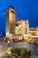 Italy, Campania, Capri: La Piazetta with belfry - Piazza Umberto I. at night   Italien, Kampanien, Provinz Neapel, Capri: La Piazetta mit dem Kampanile - die Piazza Umberto I. am Abend