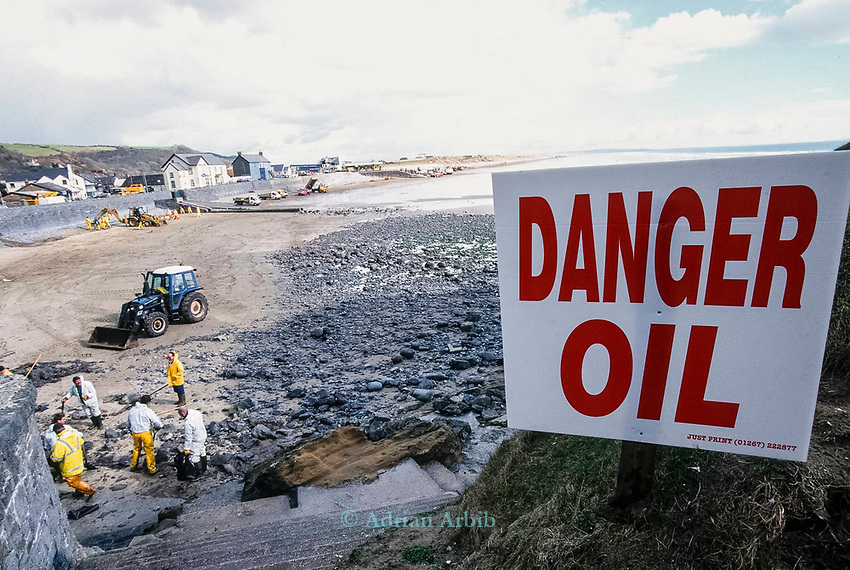 Oil being cleaned up following the 72,000 tonne oil spill on the Pembrokeshire coast from the Sea Empress oil tanker in 1996