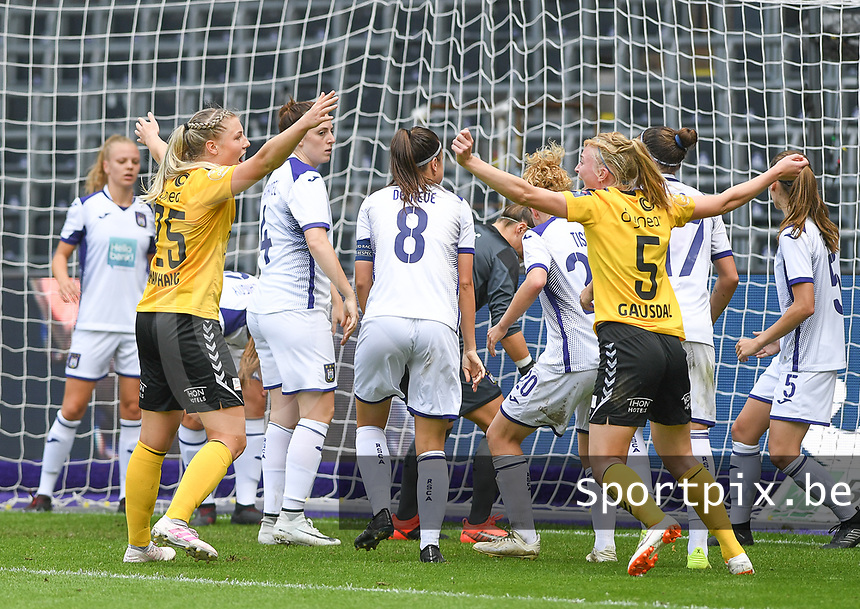 20190810 - ANDERLECHT, BELGIUM : LSK's players pictured celebrating the goal of LSK's Ina Gausdal during the female soccer game between the Belgian RSCA Ladies – Royal Sporting Club Anderlecht Dames  and the Norwegian LSK Kvinner Fotballklubb ladies , the second game for both teams in the Uefa Womens Champions League Qualifying round in group 8 , saturday 10 th August 2019 at the Lotto Park Stadium in Anderlecht  , Belgium  .  PHOTO SPORTPIX.BE for NTB NO   DAVID CATRY