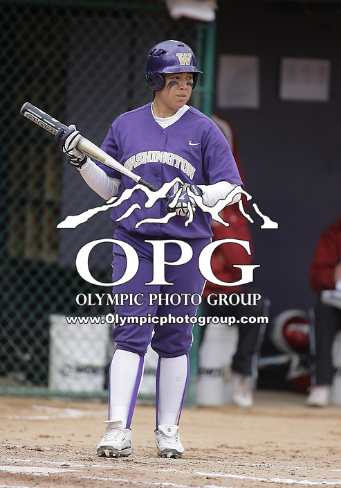 28 May 2010:  Washington Huskies first baseman Hooch Fagaly sets up in the batters box against Oklahoma.  Washington defeated Oklahoma 3-0 in the second game of the NCAA Super Regional at Husky Softball Stadium in Seattle, WA.