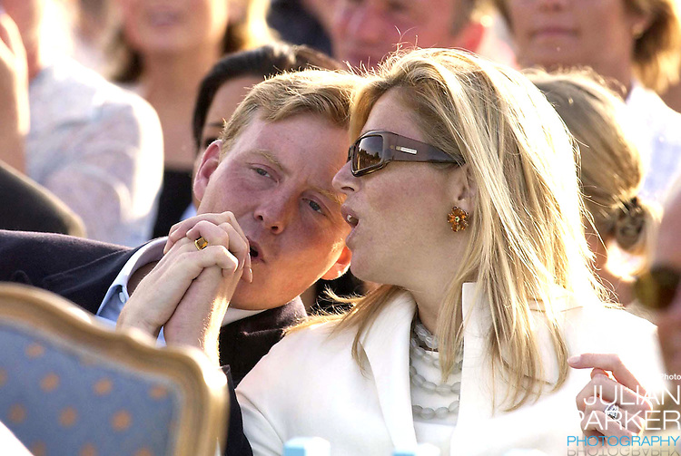 CONCERT IN BERGHOLM TO CELEBRATE CROWN PRINCESS VICTORIA.OF SWEDEN'S 25TH BIRTHDAY.  14/7/02 . PICTURE: UK PRESS  (ref 5105-44).CROWN PRINCE WILLEM ALEXANDER AND CROWN PRINCESS MAXIMA
