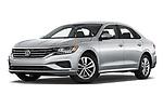 Stock pictures of low aggressive front three quarter view of 2020 Volkswagen Passat SE 4 Door Sedan Low Aggressive