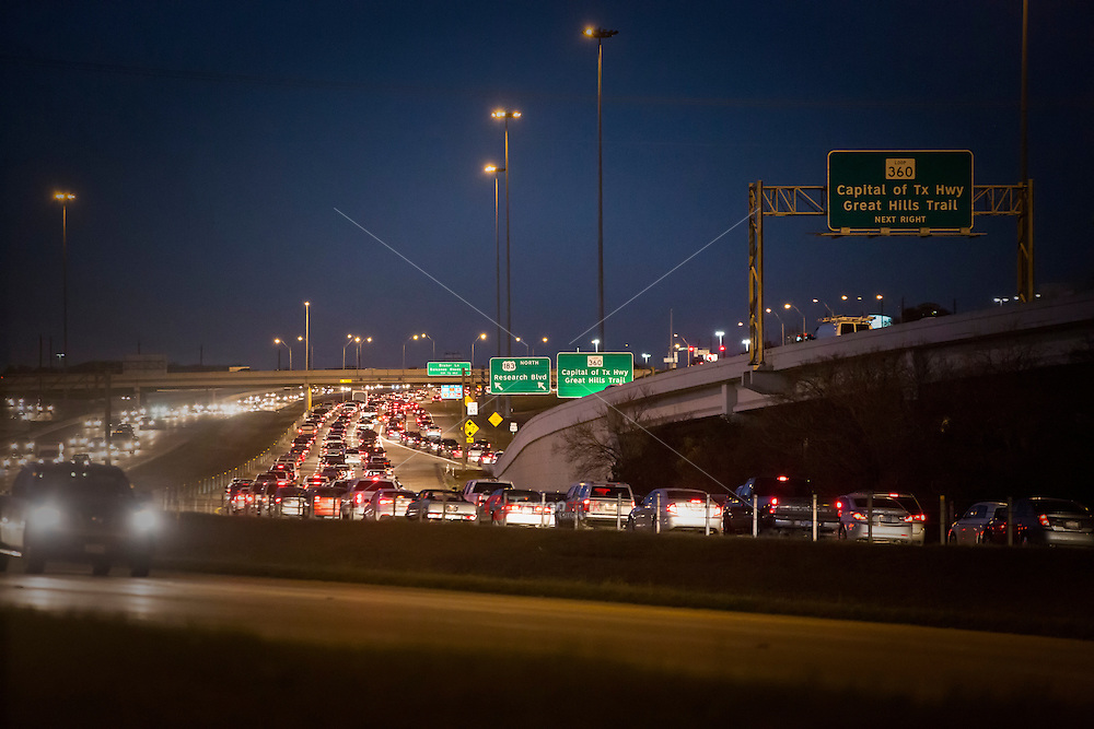 Austin commuters drive home on 183 North and Loop 360 to North Austin, Cedar Park, and Leander during rush-hour drivetime traffic.