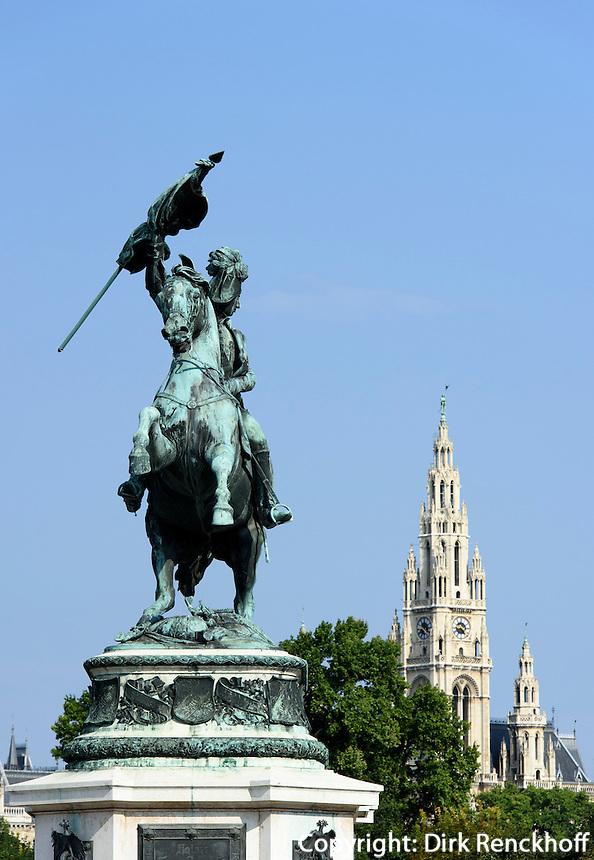 Denkmal Erzherzog Karl auf dem Heldenplatz, dahinter Rathaus, Wien, &Ouml;sterreich, UNESCO-Weltkulturerbe<br /> monument archduke Karl on Heldenplatz, Vienna, Austria, world heritage