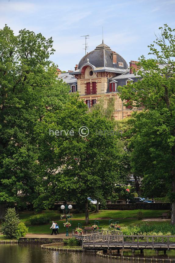 France, Orne (61), Bagnoles-de-l'Orne, l'ancien Grand Hôtel // France, Orne, Bagnoles de l'Orne, the former Grand Hotel