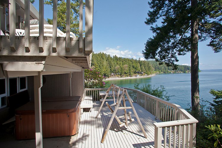 Brinnon, Washington State, waterfront house, 900 Rhododendron Drive, Anne McGlaughlin, Hood Canal, houses, on the water, Puget Sound, real estate,