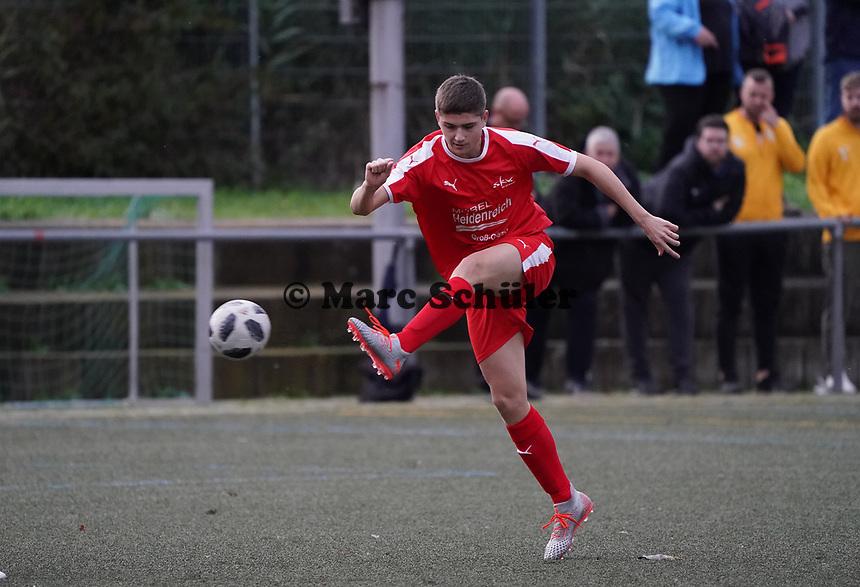 Noah Lorenz (Büttelborn) - Büttelborn 03.11.2019: SKV Büttelborn vs. SV 07 Nauheim, Gruppenliga Darmstadt