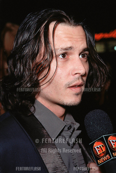 "17NOV99:  Actor JOHNNY DEPP at the world premiere, in Hollywood, of his new movie ""Sleepy Hollow."".© Paul Smith / Featureflash"