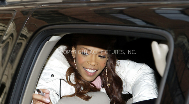 WWW.ACEPIXS.COM . . . . .  ....NEW YORK, FEBRUARY 24, 2005....Michelle Williams takes a moment to sign autographs while exiting Live with Regis and Kelly.....Please byline: Ian Wingfield - ACE PICTURES..... *** ***..Ace Pictures, Inc:  ..Philip Vaughan (646) 769-0430..e-mail: info@acepixs.com..web: http://www.acepixs.com