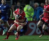 29th September 2017, RDS Arena, Dublin, Ireland; Guinness Pro14 Rugby, Leinster Rugby versus Edinburgh; Luke McGrath (Leinster) tackles James Johnstone (Edinburgh)