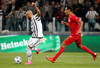 Calcio, Champions League: Gruppo D - Juventus vs Siviglia. Torino, Juventus Stadium, 30 settembre 2015.  <br /> Juventus&rsquo;s Simone Zaza, left, prepares to kick to score during the Group D Champions League football match between Juventus and Sevilla at Turin's Juventus Stadium, 30 September 2015.<br /> UPDATE IMAGES PRESS/Isabella Bonotto