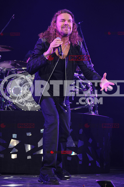 MIAMI, FL - MAY 11:  Fher Olvera of Mana performs at the AmericanAirlines Arena on May 11, 2012 in Miami Florida. ©mpi04/MediaPunch Inc