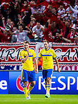Solna 2015-09-08 Fotboll EM-kval , Sverige - &Ouml;sterrike :  <br /> Sveriges Kim K&auml;llstr&ouml;m och Andreas Granqvist deppar framf&ouml;r &Ouml;sterrikes supportrar efter &Ouml;sterrikes David Alaba gjort 0-1 p&aring; straff under matchen mellan Sverige och &Ouml;sterrike <br /> (Photo: Kenta J&ouml;nsson) Keywords:  Sweden Sverige Solna Stockholm Friends Arena EM Kval EM-kval UEFA Euro European 2016 Qualifying Group Grupp G &Ouml;sterrike Austria depp besviken besvikelse sorg ledsen deppig nedst&auml;md uppgiven sad disappointment disappointed dejected