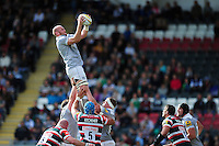 Matt Garvey of Bath Rugby wins the ball at a lineout. Aviva Premiership match, between Leicester Tigers and Bath Rugby on September 25, 2016 at Welford Road in Leicester, England. Photo by: Patrick Khachfe / Onside Images