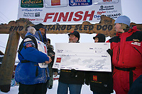 Robert Sorlie Receives Award for Winning Iditarod 2005 @ Finish Line