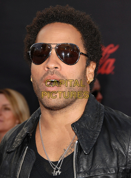 LENNY KRAVITZ.At The 35th Annual American Music Awards held at The Nokia Theatre in Los Angeles, California, USA, .November 18, 2006..portrait headshot sunglasses mouth open funny.CAP/DVS.©Debbie VanStory/Capital Pictures