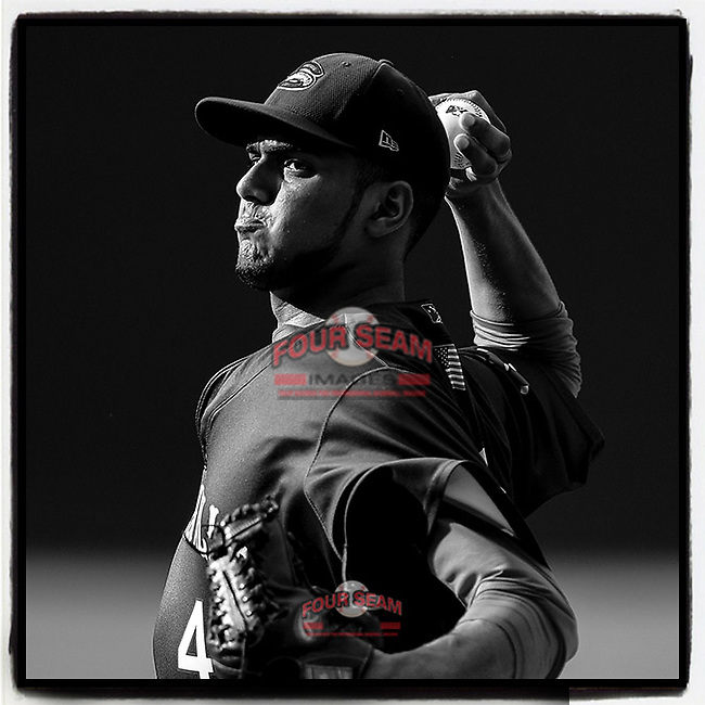 Baseball America writes about 2018 @GreenvilleDrive pitcher Denyi Reyes' unique style of pitching. Here Reyes pitches during a complete-game win on July 25, 2018, at Fluor Field in Greenville, S.C. (Tom Priddy/Four Seam Images) #MiLB https://www.baseballamerica.com/stories/denyi-reyes-unique-style-gets-results/