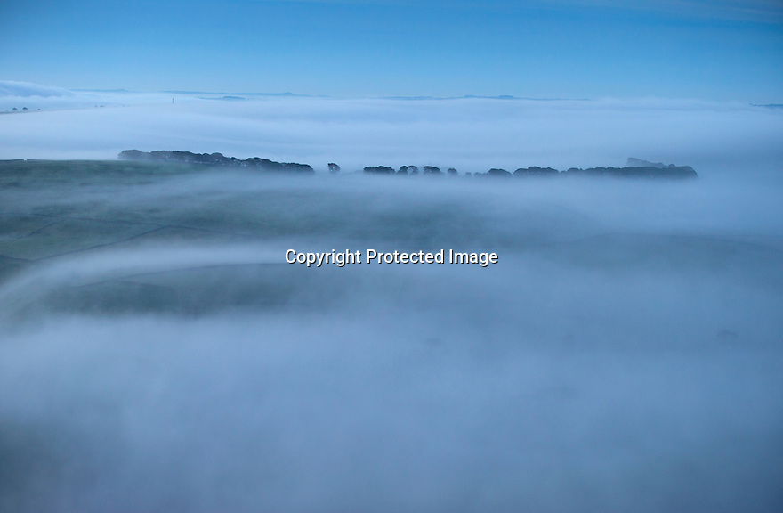12/10/14 <br /> <br /> Dawn breaks over Derbyshire Peak District as seen from Mam Tor high above Castleton.<br /> <br /> All Rights Reserved: F Stop Press Ltd. +44(0)1335 300098   www.fstoppress.com.