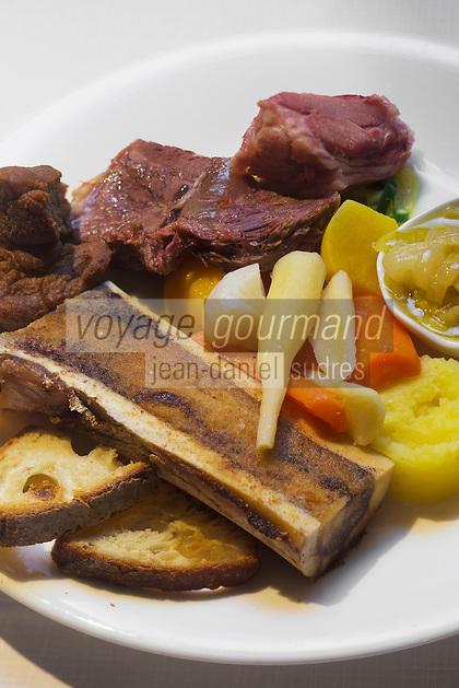 Europe/France/Bretagne/56/Morbihan/Vannes:  Restaurant: Terroirs - Kig ha farz