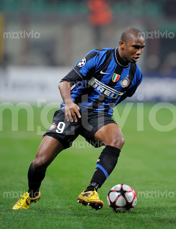 FUSSBALL  International  Champions League  SAISON 2009/2010    Inter Mailand  - Kazan       09.12.2009 Samuel Eto'o , Eto  (Inter)