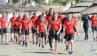 20180302 - LARNACA , CYPRUS :  Belgian players with Davinia Vanmechelen (middle) and Jana Coryn (r)  pictured during a Muscular warm up training session on the beach before a women's soccer game between The Belgian Red Flames and Spain , on friday 2 March 2018 on the CTO Beach in Larnaca , Cyprus . The game will be the second game in group B for Belgium during the Cyprus Womens Cup , a prestigious women soccer tournament as a preparation on the World Cup 2019 qualification duels. PHOTO SPORTPIX.BE | DAVID CATRY