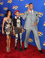Jada Pinkett Smith, Willow Smith and Will Smith at the NY premiere of Madagascar 3: Europe's Most Wanted at the Ziegfeld Theatre in New York City. June 7, 2012. © RW/MediaPunch Inc. NORTEPHOTO.COM