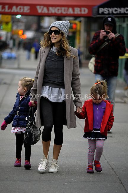 WWW.ACEPIXS.COM....January 15 2013, New York City....Actress Sarah Jessica Parker takes twins Tabitha and Marion to school on January 15 2013 in New York City....By Line: Curtis Means/ACE Pictures......ACE Pictures, Inc...tel: 646 769 0430..Email: info@acepixs.com..www.acepixs.com