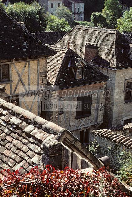Europe/France/Midi-Pyrénées/46/Lot/Vallée du Lot/Saint-Cirq-Lapopie: Village médiéval<br /> PHOTO D'ARCHIVES // ARCHIVAL IMAGES<br /> FRANCE 1990