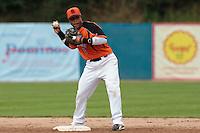 24 july 2010: Dwayne Kemp of Netherlands throws to first base during Netherlands 10-0 victory over France, in day 2 of the 2010 European Championship Seniors, in Neuenburg, Germany.