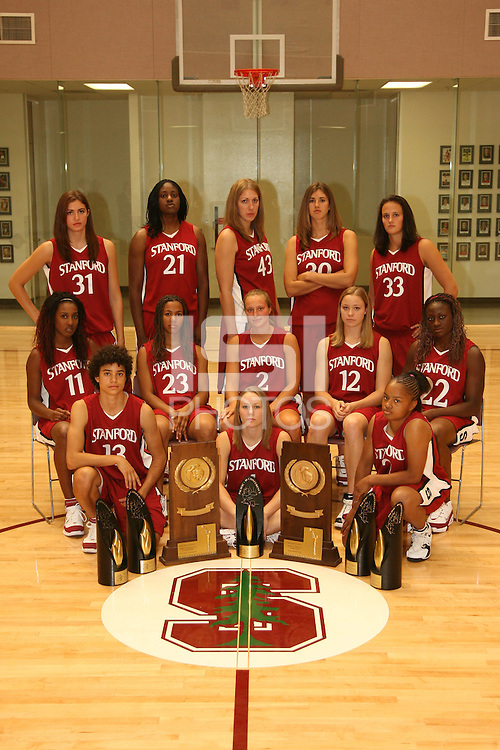 6 October 2005: Morgan Clyburn, Shelley Nweke, Kristen Newlin, Brooke Smith, Jillian Harmon, Candice Wiggins, Rosalyn Gold-Onwude, Kristin Rappahahn, Christy Titchenal, Eziamaka Okafor, Cissy Pierce, Clare Bodensteiner, and Markisha Coleman during picture day at the Arrillaga Family Sports Center in Stanford, CA.