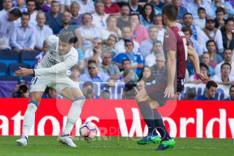 Real Madrid's Alvaro Morata during the match of La Liga between Real Madrid and SD Eibar at Santiago Bernabeu Stadium in Madrid. October 02, 2016. (ALTERPHOTOS/Rodrigo Jimenez)