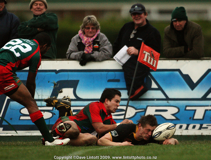 Wellington fullback Jason Woodward touches down in the corner before the touch judge pulled him back for stepping out during the Ranfurly Shield rugby match between the Wellington Lions and Wairarapa Bush at Trust House Memorial Park, Masterton, New Zealand on Saturday, 2 July 2008. Photo: Dave Lintott / lintottphoto.co.nz