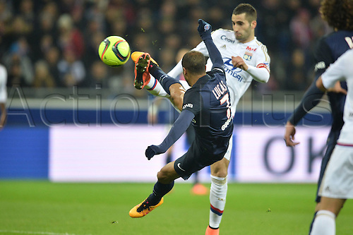 28.02.2016. Lyon, France. French League 1 football. Olympique Lyon versus Paris St Germain.  LUCAS MOURA (psg) with an overhead effort