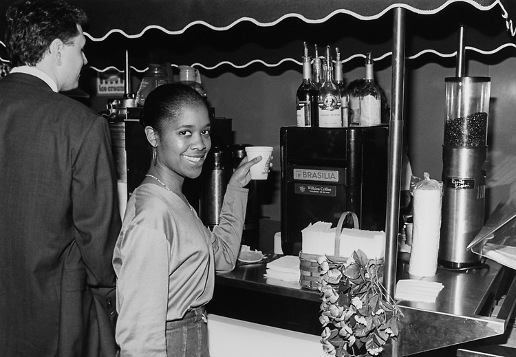 Tracy Vinson with Sen. Carol Moseley Braun, D-Ill., at Braun's office with gourmet coffee on April 8, 1993. (Photo by Chris Martin/CQ Roll Call via Getty Images)
